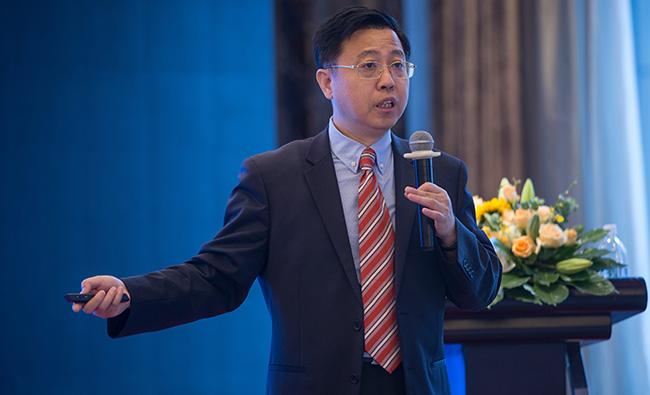 """""""全球商业零售O+O创新论坛""""中国著名品牌专家李光斗先生发言实录"""