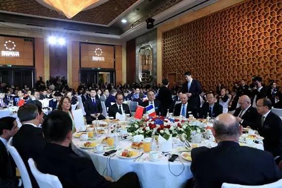 法国总统奥朗德早餐会,邀请了中国哪些民营企业家?